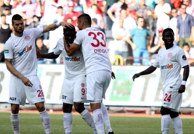 Prediksi  Antalyaspor vs Galatasaray 7 Maret 2017